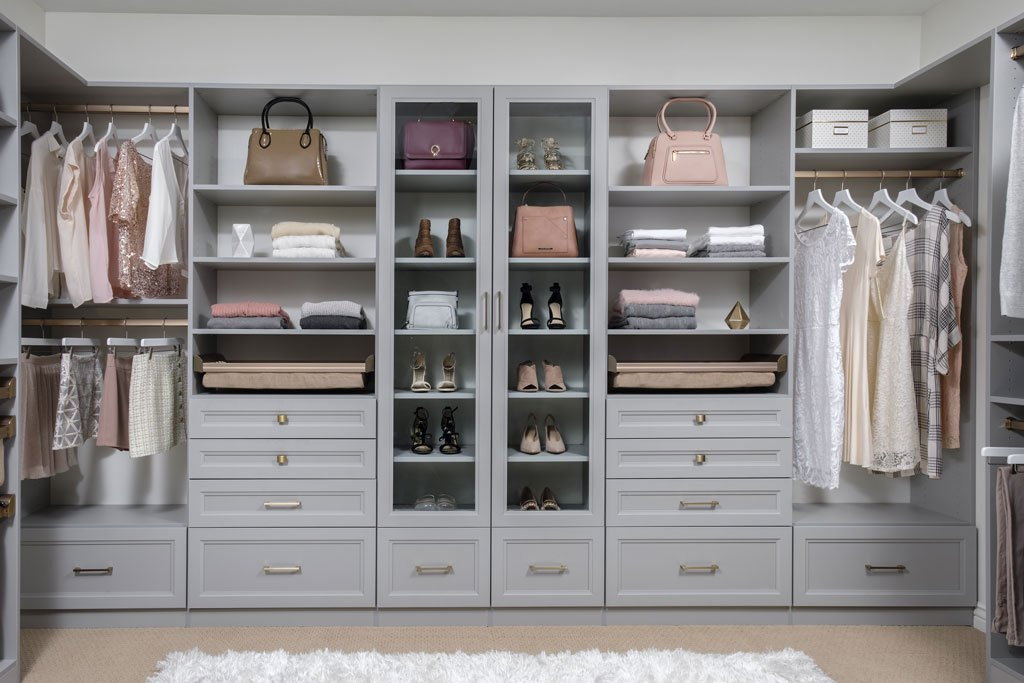 How To Declutter The Master Bedroom Closet Quickly